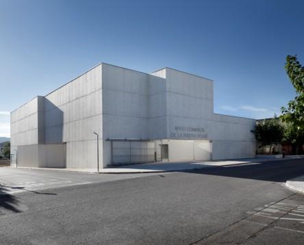 Imatge de la noticia L'Arxiu Comarcal de la Ribera d'Ebre incorpora 111 metres lineals de documentació i atén les consultes de gairebé 3.000 usuaris durant el 2016