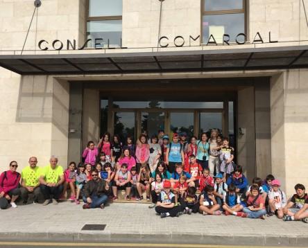 Imatge de la noticia Alumnes de 3r i 4t curs de Primària de l'escola de Flix visiten el Consell Comarcal per conèixer el seu funcionament