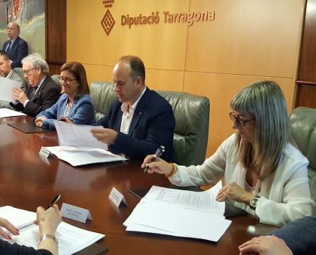 Imatge de la noticia El Consell Comarcal i la Diputació acorden 409.768 euros per a inversions i serveis a la comarca