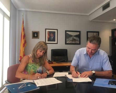 Imatge de la noticia El Consell Comarcal i ANAV signen el conveni anual per reforçar el teixit econòmic i social de la Ribera
