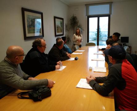Imatge de la noticia Deu riberencs comencen a treballar reforçant les brigades de tots els ajuntaments de la comarca
