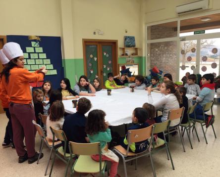 Imatge de la noticia 200 nens i nenes de la Ribera d'Ebre gaudeixen dels tallers de Nadal de la comarca