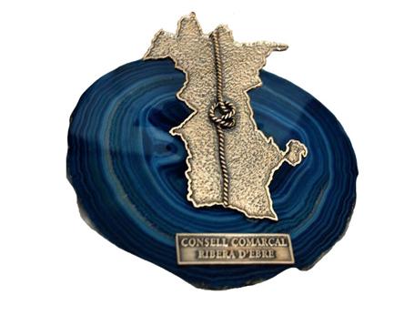 Imatge de la noticia Vuit finalistes, quatre a títol personal i quatre entitats, opten aquest divendres al premi Sirga d'Or 2016