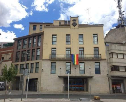 Imatge de la noticia La Ribera d'Ebre reivindica l'orgull i respecte als drets i les persones LGTBI amb motiu del Dia Internacional