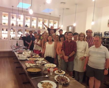 Imatge de la noticia Ribera d'Ebre Viva forma 16 ajudants de cuina i rebosteria per facilitar-los la incorporació al mercat laboral