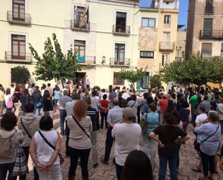 Imatge de la noticia Els treballadors del Consell Comarcal se sumen al rebuig per les detencions de Cuixart i Sànchez