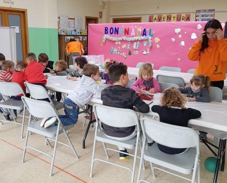 Imatge de la noticia Gairebé 600 nens i nenes de la Ribera d'Ebre gaudeixen dels tallers de Nadal organitzats a la comarca