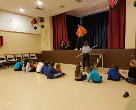 Imatge de la noticia Els jocs de rol i el fang protagonitzen la primera jornada de tallers nadalencs a Garcia i Vinebre