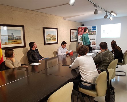 Imatge de la noticia Els productors de vi de la Ribera d'Ebre es preparen per fer-se un lloc al mercat de l'àrea metropolitana de Barcelona