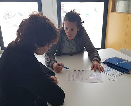 Imatge de la noticia La Ribera busca empreses que vulguin seleccionar personal a través d'un procés innovador, simulant el Mètode Grönholm als escenaris