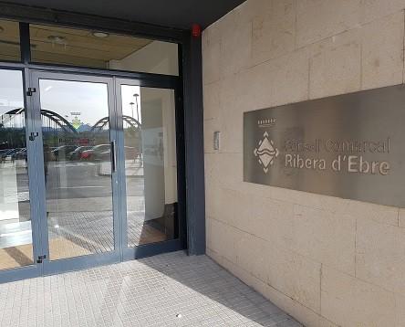 Imatge de la noticia El Consell Comarcal de la Ribera d'Ebre se suma a la vaga