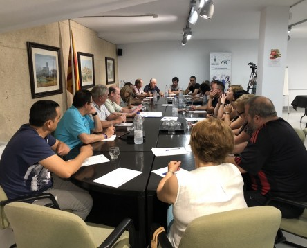 Imatge de la noticia El Consell Comarcal obre la convocatòria d'ajuts per llibres escolars i assistència a llar d'infants de la Ribera