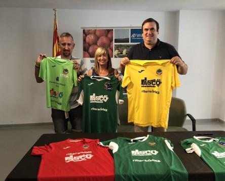 Imatge de la noticia Turisme Ribera d'Ebre es promocionarà a les samarretes dels equips del FC Ascó la pròxima temporada 2018/19
