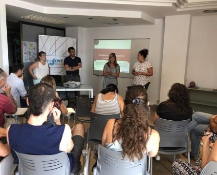 Imatge de la noticia Oberta una nova convocatòria d'ajuts de 9.900 euros a fons perdut per als joves emprenedors que vulguin obrir el seu propi negoci com a autònoms