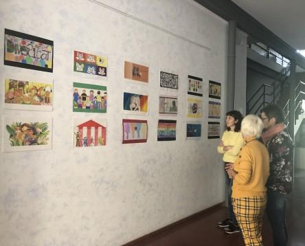 Imatge de la noticia El jove Adrià Sentís, guanyador del premi Ribera d'Art 2018 que convoca l'Oficina Jove comarcal