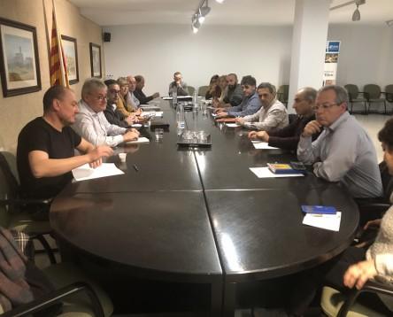 Imatge de la noticia No majoritari i sentiment de comarca en el Consell d'Alcaldes urgent per debatre sobre la construcció del dipòsit de residus no perillosos de Riba-roja