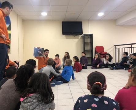 Imatge de la noticia Gairebé 200 nens i nenes de la Ribera han participat als tallers de Nadal que impulsa el Consell Comarcal als pobles de la comarca