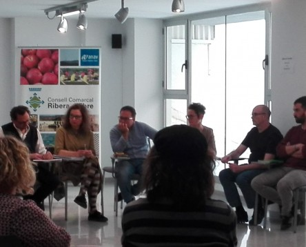 Imatge de la noticia La Ribera d'Ebre impulsa un pla d'acció per normalitzar i donar suport al col·lectiu LGTBI de la comarca