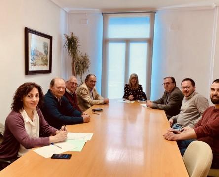 Imatge de la noticia El Consell Comarcal i el Departament d'Agricultura, Ramaderia, Pesca i Alimentació prospeccionaran la creació d'un distintiu d'origen i qualitat per a la Cirera de la Ribera d'Ebre.