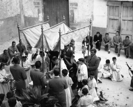 Imatge de la noticia L'Arxiu Comarcal de la Ribera d'Ebre ingressa el fons fotogràfic de Joan Cuxart i Vives