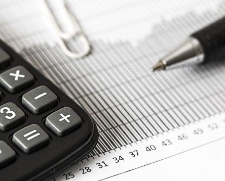 Imatge de la noticia La URV presenta el Butlletí d'Anàlisi econòmica al Consell Comarcal de la Ribera d'Ebre