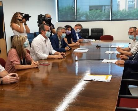 Imatge de la noticia Ajuntaments i Consells que s'oposen a la MAT es reuneixen amb el subdelegat del Govern de Tarragona