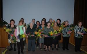 2 x web 07-03-14 Les 14 dones homenatjades i autoritats