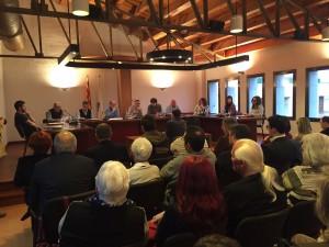 La moció conjunta de tots els grups polítics es va aprovar ahir per unanimitat al Ple de Flix.