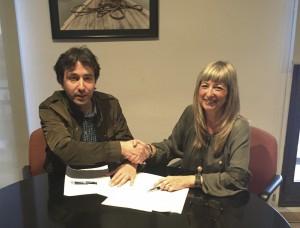La presidenta del Consell i el portaveu d'ERC, Francesc Barbero, regidor de Flix, es van reunir abans del Ple.