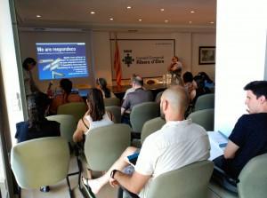 Empresaris i agents del sector turístic de la Ribera van participar a la sessió formativa, a la seu del Consell.
