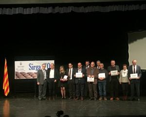 Foto de família tots els finalistes al Sirga d'Or 2016. A l'esquerra, els tres premiats: Josep Sánchez Cervelló, Joan Launes i l'alcaldessa de Vinebre pel Premi Narrativa.