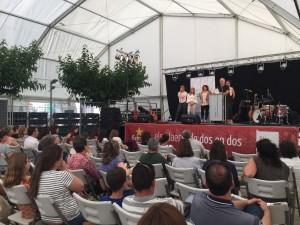 L'escriptor Andreu Carranza va presentar el seu relat convidant al públic a escriure el seu final i guanyar, així, un sopar literari amb ell.
