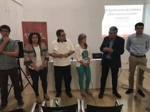 Un moment de la presentació del treball del franquisme a l'arxiu comarcal.