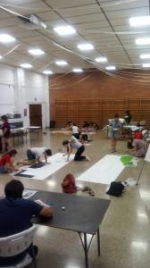 Activitats dels alumnes a la sala Democràcia de Móra d'Ebre.