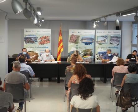 Imatge de la noticia El Consell Comarcal insta els bancs a millorar l'atenció personalitzada a la gent gran